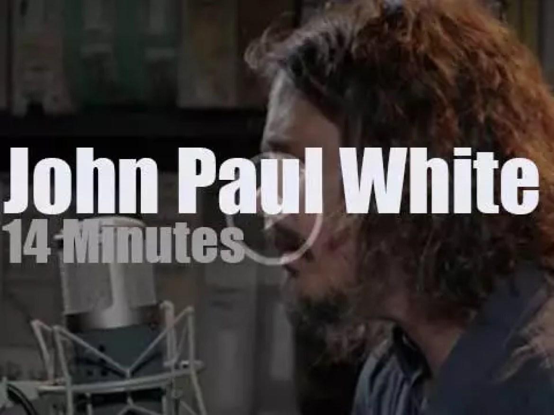 John Paul White  plays a short set at Paste Studios (2016)