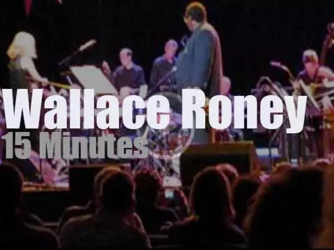 Wallace Roney & the Metropole Orchestra cover Miles Davis (2010)