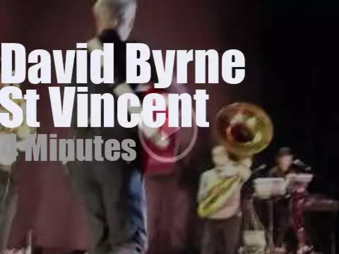 David Byrne 'burns the house' with  St. Vincent (2012)