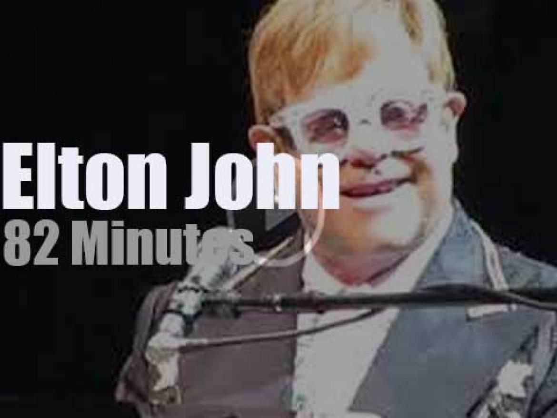 Elton John sings 'Farewell' to Philadelphia (2018)