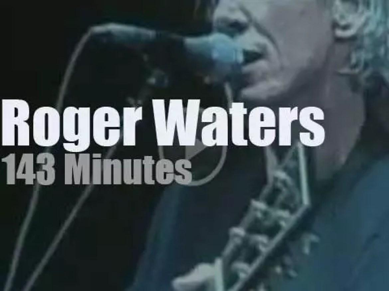 Roger Waters occupies the Garden (2006)
