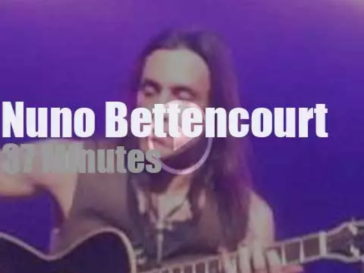 Nuno Bettencourt from Generation Axe is in Vancouver (2016)