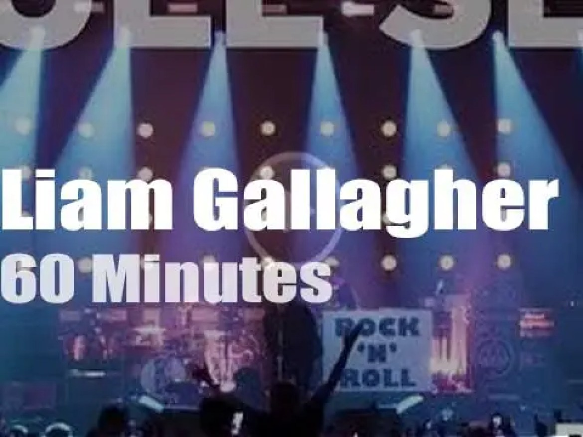 Liam Gallagher rocks at home (2019)