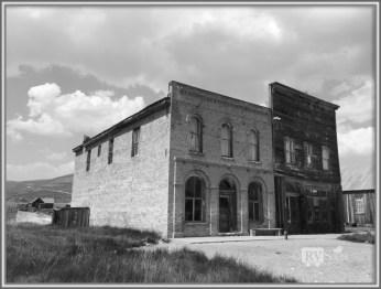 Dechambeau Hotel & Post Office