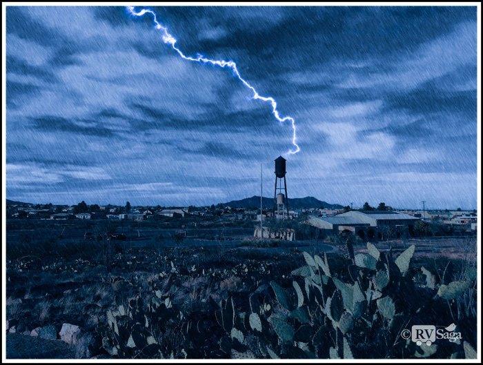Lightning-Striking-Water-Tower-in-Columbus-NM