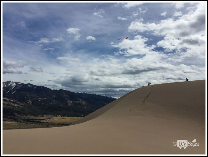 Flying-Kites-on-Great-Sand-Dunes