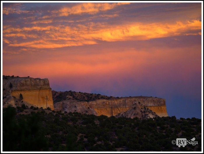 Golden-Clouds-and-Golden-Cliffs-of-Ghost-Ranch