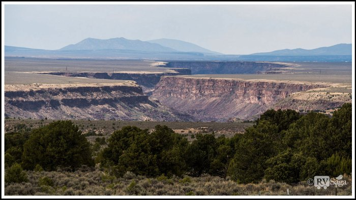 Rio-Grande-Gorge-on-Taos-Plateau