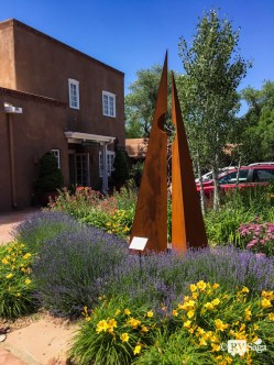 Arts and Flowers on Canyon Road