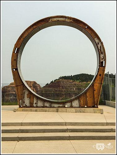 The-Ring-of-Dr-Ray-Davis'-Neutrino-Experiment