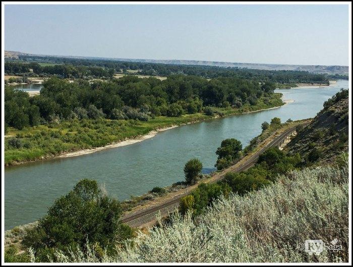 Yellowstone-River-at-Rosebud-Montana