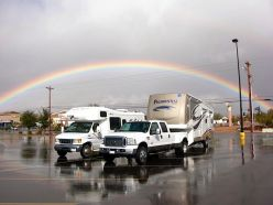Rainbow RV Travel with WIN RV Singles