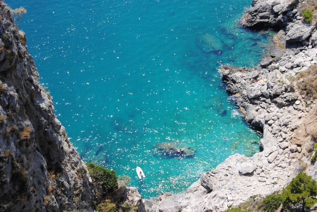 جزيرة كابري، إيطاليا