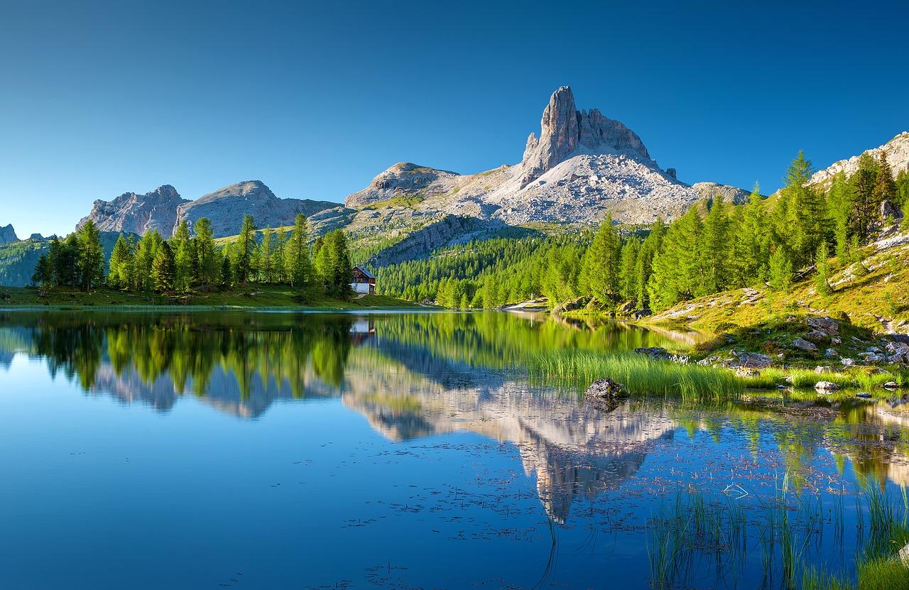 الشمال الإيطالي الدولوميت