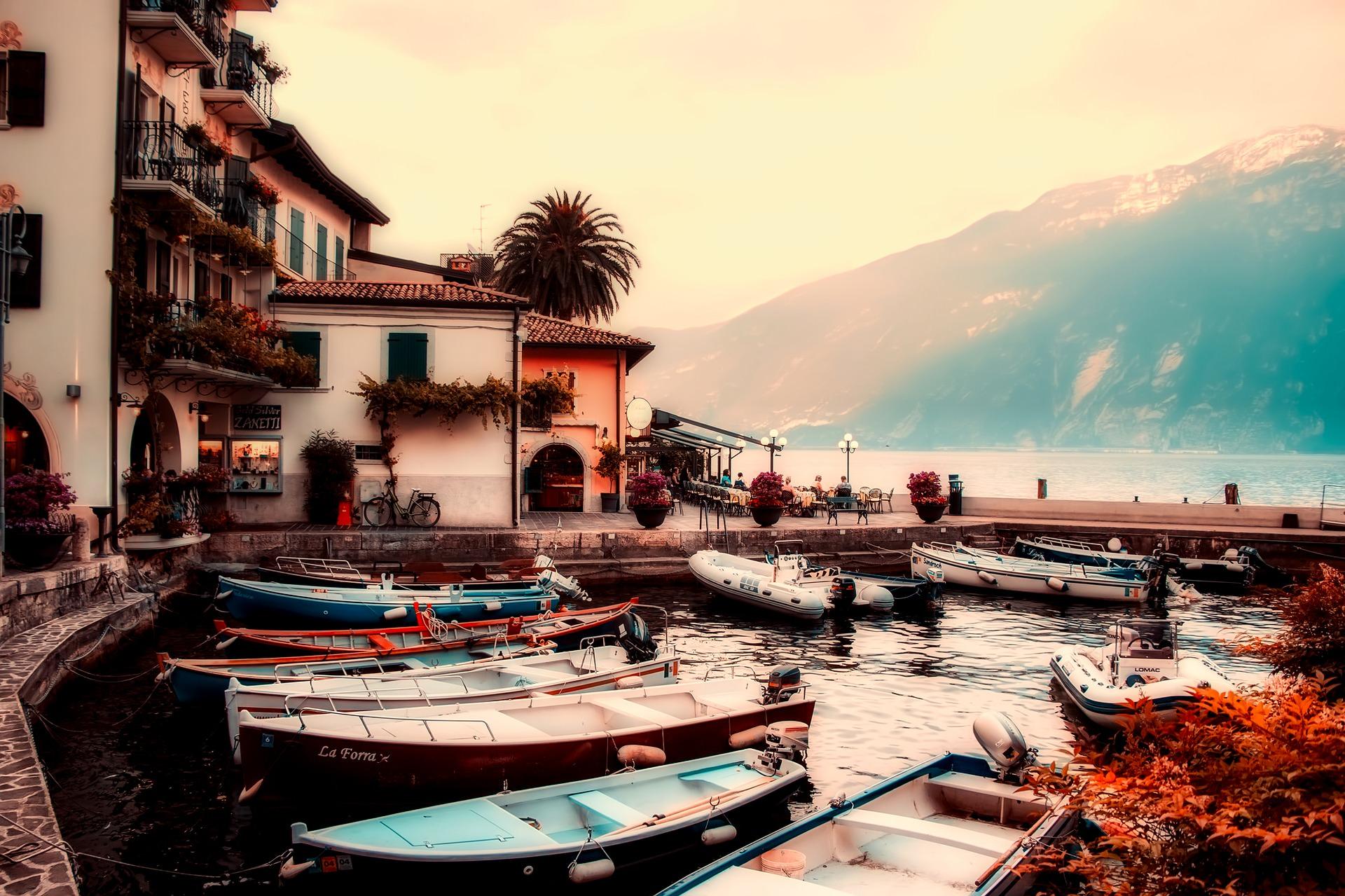 بحيرات ايطاليا