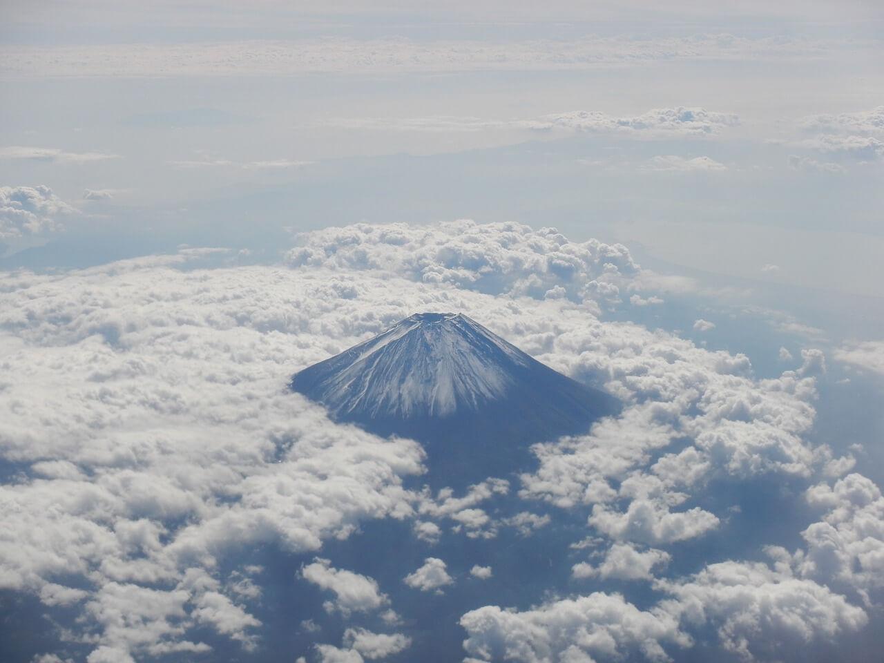 جبل فوجي مقصد السياح ورمز اليابان الخالد