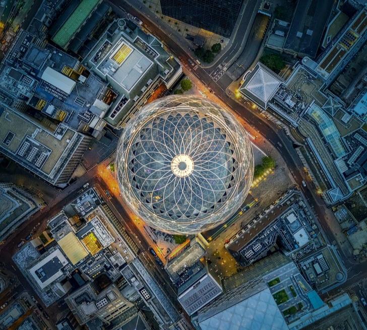 شاهد 6 من أكثر الهياكل المعمارية شهرة في العالم من الأعلى
