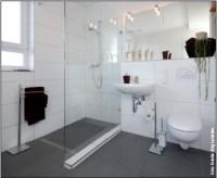 Großzuegige Ablagen Duschkomfort Haltegriffe