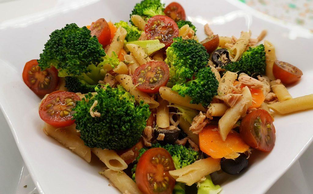 Brócoli con macarrones integrales, receta saludable