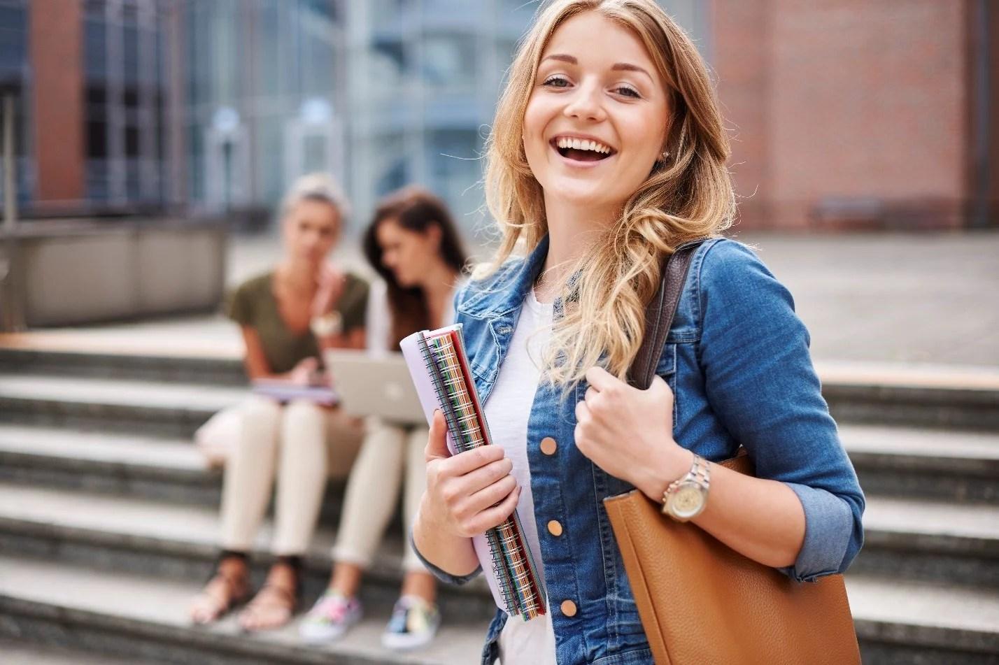 Best Ways to Get Scholarships in Canada