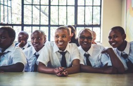 Demi in Kenya_Ryan Bolton-3K5A8949
