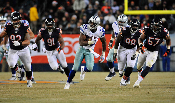 Murray's Big Night Vaults Cowboys Past Bears 41-28