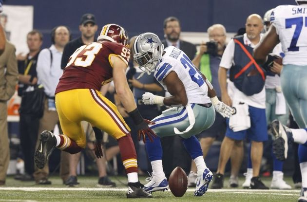 Joseph Randle had a hard time holding onto the ball in limited action last season.  That will have to change in 2015 if he hopes to earn the trust of the Dallas coaching staff.