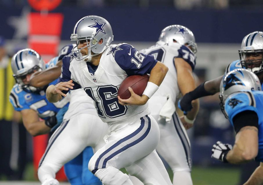 With his late fourth quarter scoring pass to Cole Beasley, Cowboys quarterback Matt Cassel helped the franchise avoid their fourth game without a touchdown in 2015.