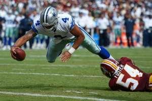 Dak Prescott reaches across the goal-line for his first career touchdown, giving the Cowboys a 20-17 third-quarter lead.