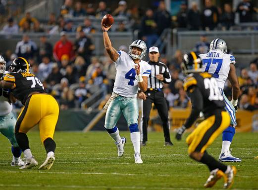 Dak Prescott passes during a second-half in which the Cowboys amassed 22 points.