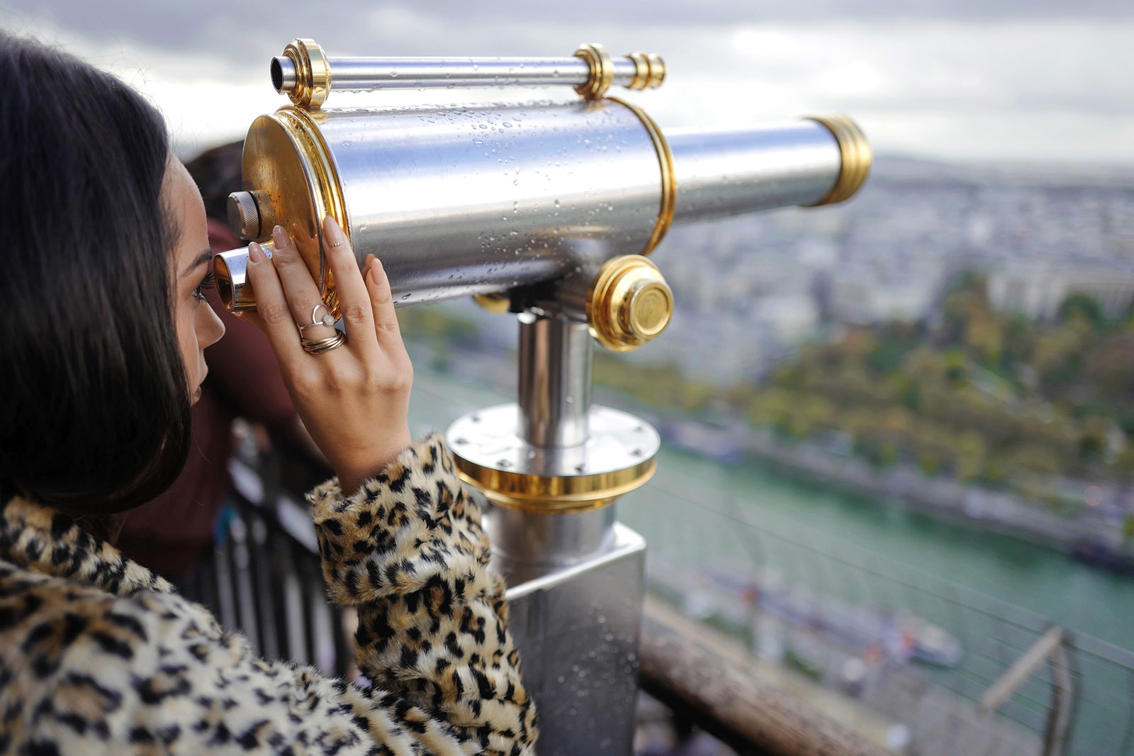 where is the environment? can't see it through this telescope. Or can I?