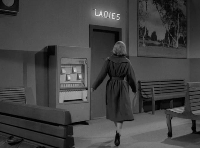 Twilight Zone - Mirror Image