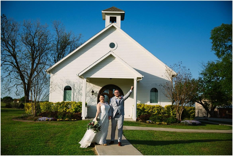 rustic grace estate bride and groom_1149.jpg