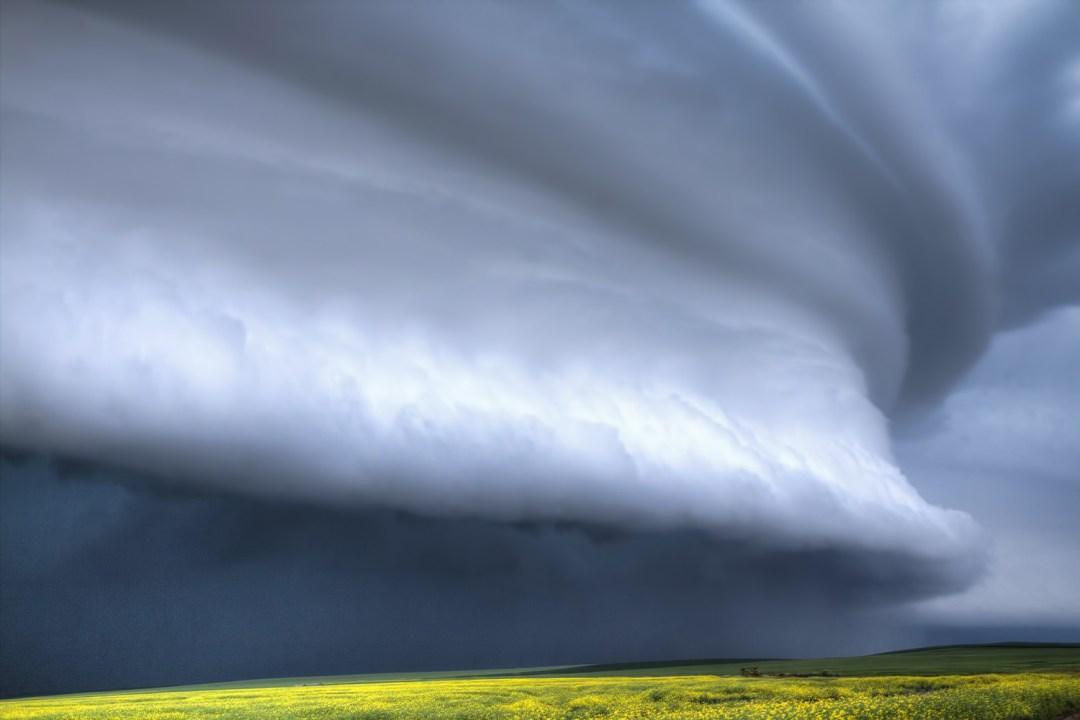 Saskatchewan thunderstorm, Canadian storm chaser