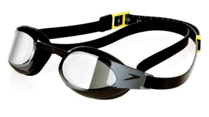 sådan beskytter du dine svømmebriller
