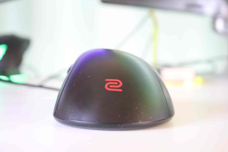 「EC1」の本体