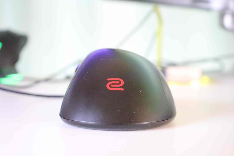 「EC2」の本体