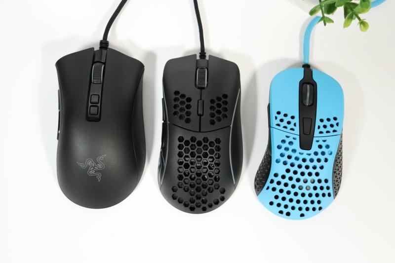 Model Dと他のマウスを比較