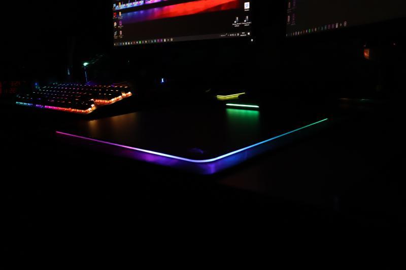 暗所でのFURY UltraのRGB