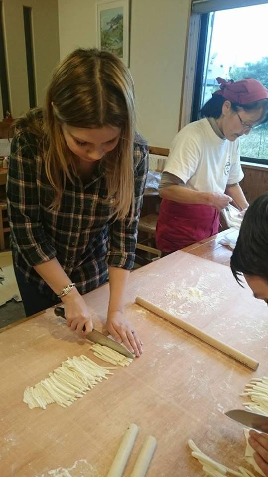 making udon noodles in Japan