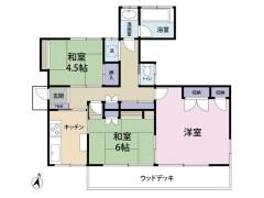 9.1畳の洋室に4.5畳と6畳の和室。広いお庭に縁側つき。お風呂・トイレ・洗面・洗濯機置き場が分かれていて便利。(間取)