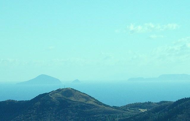 【天城ハイランド】山の上に水平線が見える雄大な景色。