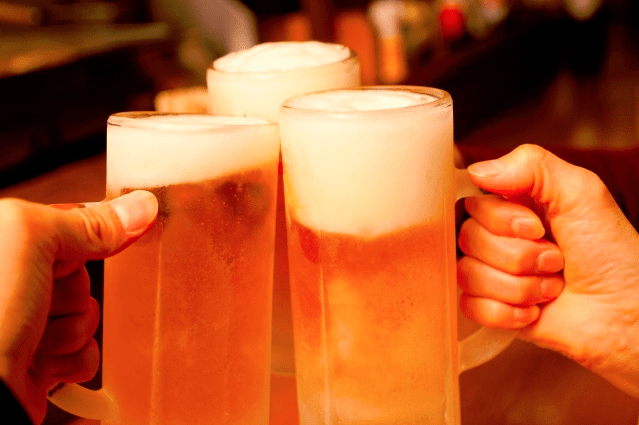埼玉県のけやきひろばで実施される秋のビール祭りについてまとめました!ビール大好きな人にとっては見逃せないイベントですので、要チェックですよ!