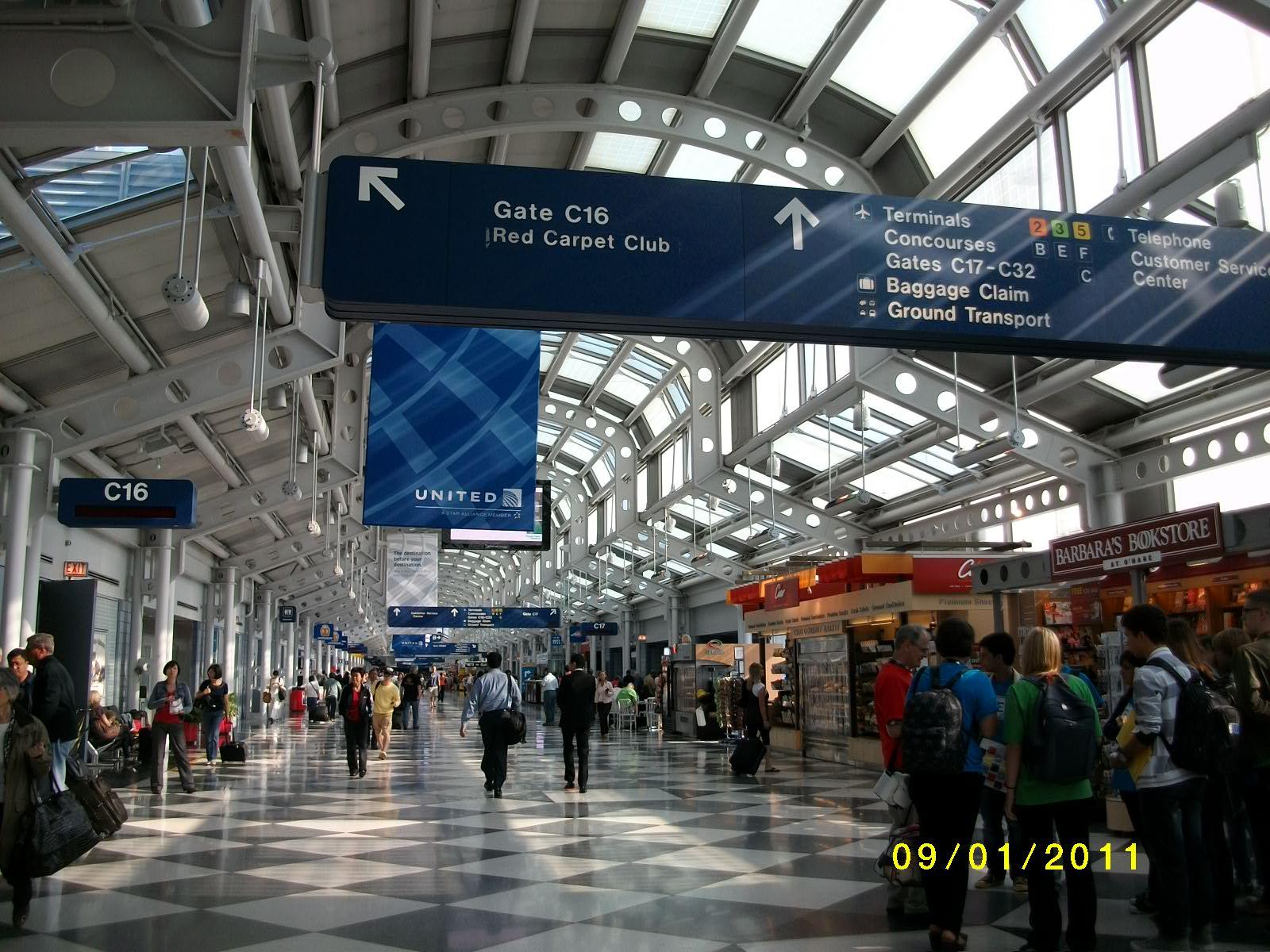 芝加哥機場&轉機延飛經驗   大波士頓 隨手寫…