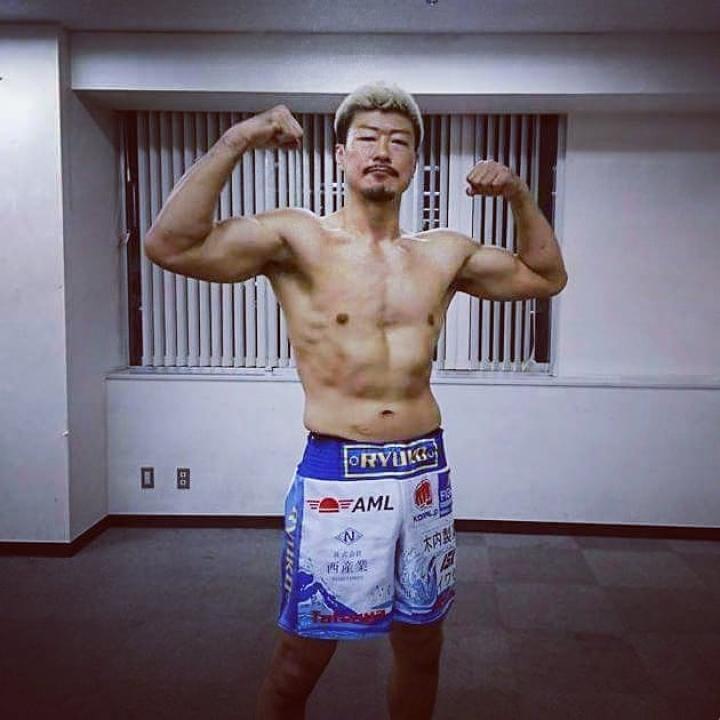 龍虎MMAスポンサードアスリート 水野竜也選手。世界をまたにかける賞金稼ぎファイター。