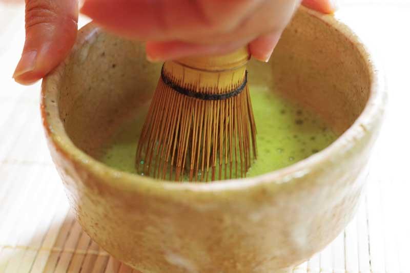 抹茶を美味しく点てるコツ