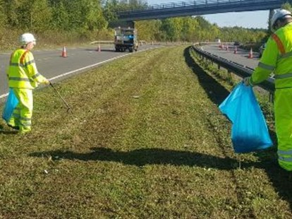 Road Litter Picking Services Cornwall RZT Camborne