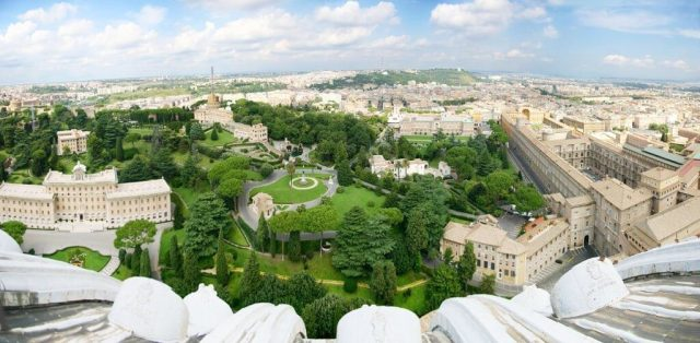 Ogrody watykańskie - widok z kopuły bazyliki