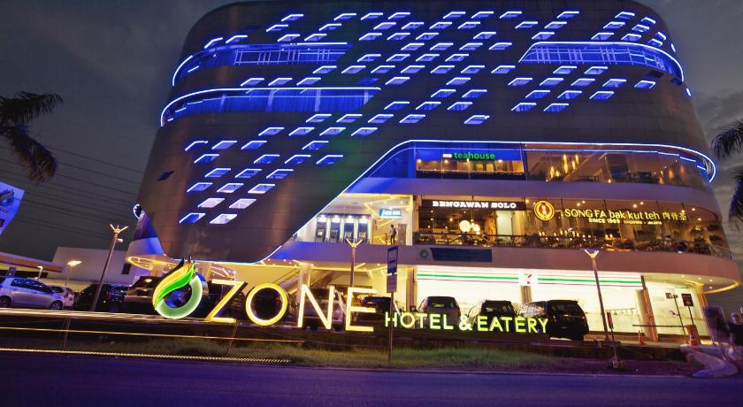 ★★★ Ozone Hotel Pantai Indah Kapuk