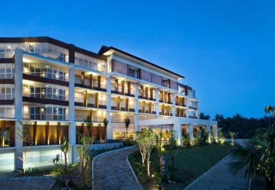 Hotel Santika Premiere Beach Resort Belitung, Sijuk ...